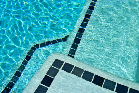 Choosing and Installing a Swimming Pool | DoItYourself.