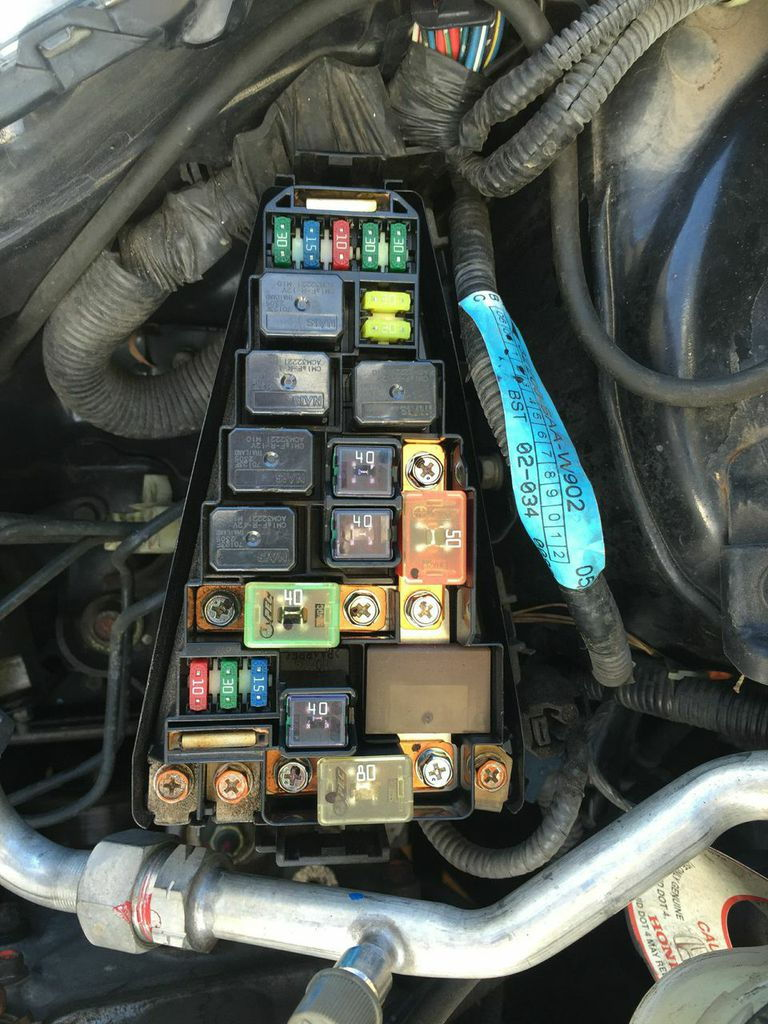 2001 F150 Vacuum Hose Diagram as well Fuses And Relay Honda Jazz Fit additionally Best Of 2000 Ford Ranger Fuse Box furthermore 1994 2004 Suzuki Vitara Cabin Air Filter Location besides 02 Trans Am Fuse Box Cover. on under hood fuse box