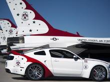 Thunderbird Edition Mustang (3)