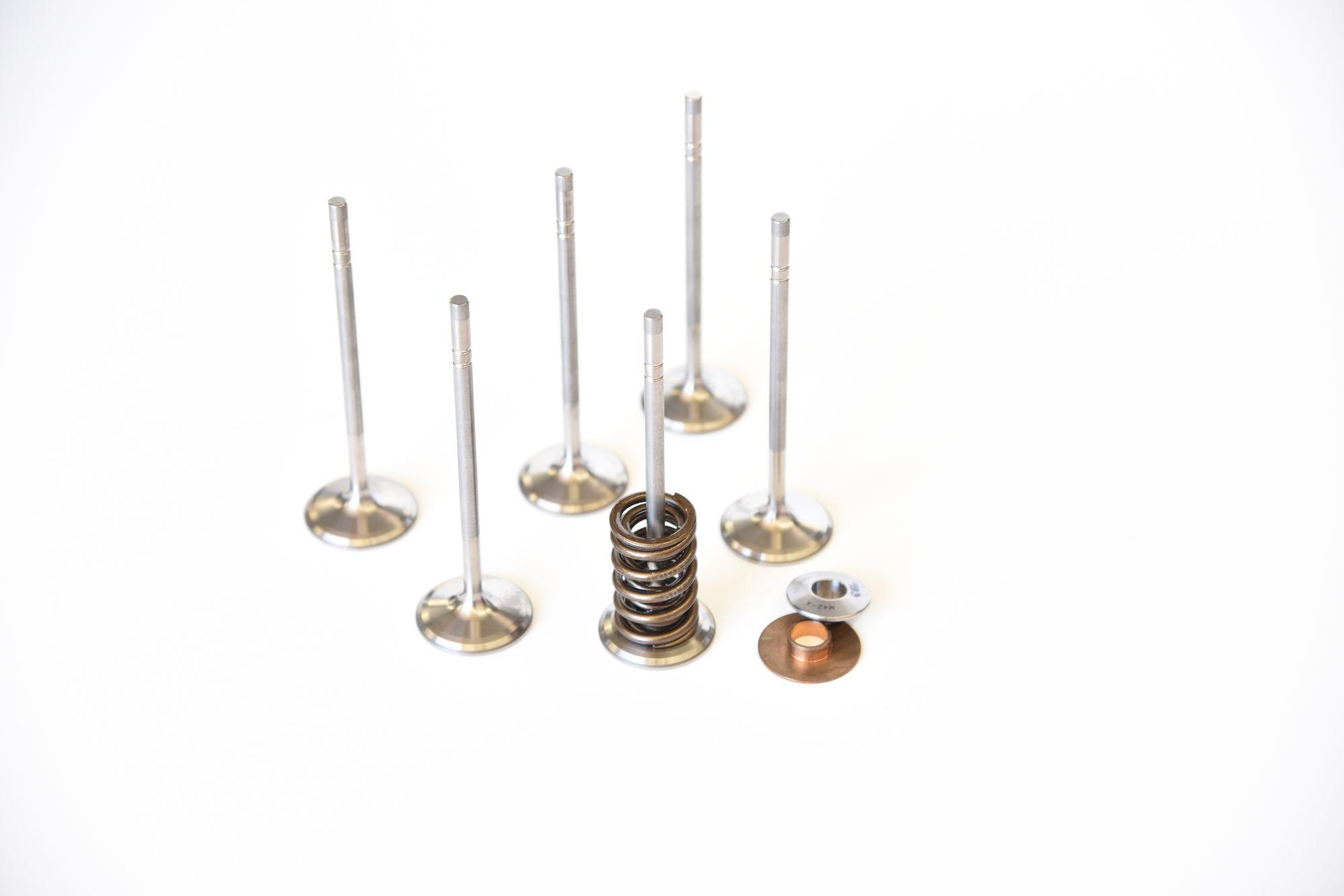 Dundon 42R Ti Valves, BeCu valve guide, double wound valve spring