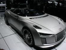 Audi e tron Spyder front