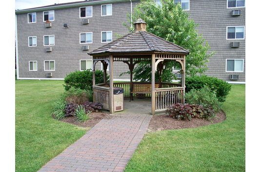 Independence Green Apartment Reviews