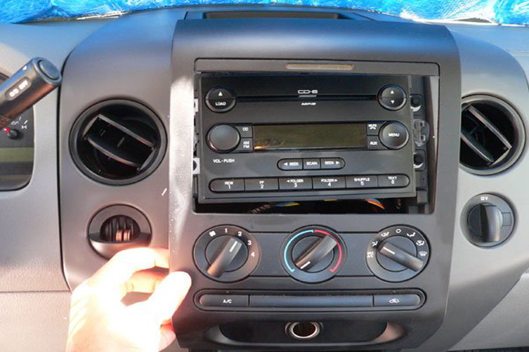 Ford F150 F250 How To Install Car Stereo Fordtrucksrhfordtrucks: 1986 Ford Pickup Factory Radio At Gmaili.net