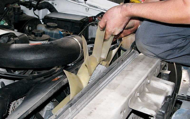 Ford F150 F250: How to Fix Radiator Leak - Ford-Trucks