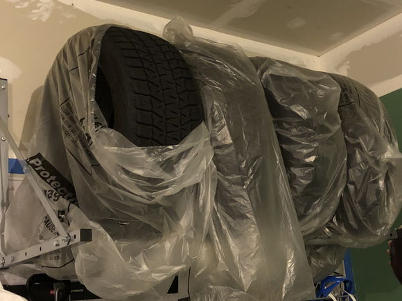 All 4-tires are bagged up when not in use.