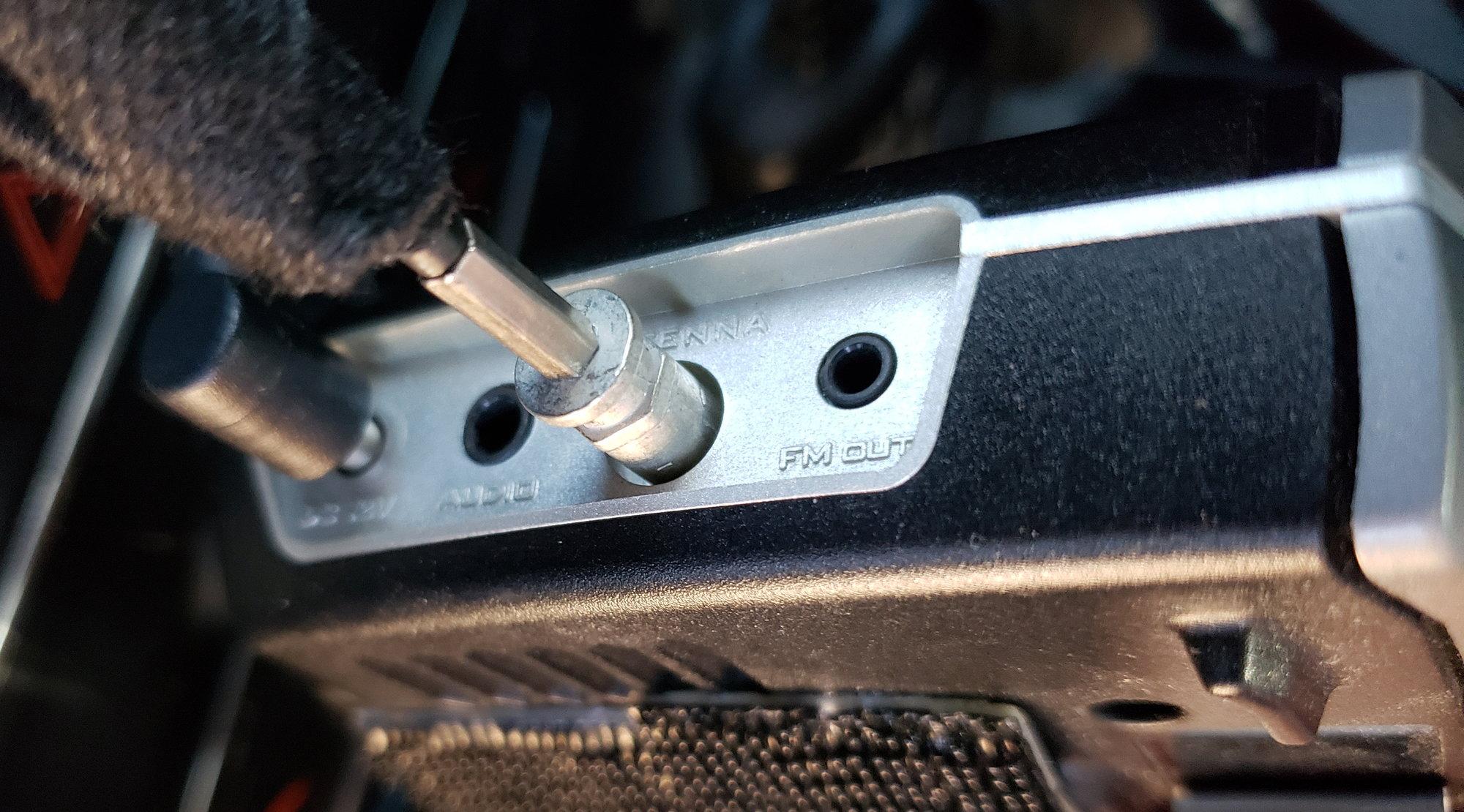 2015 Dodge Charger Pursuit Siriusxm Satellite Radio Plug