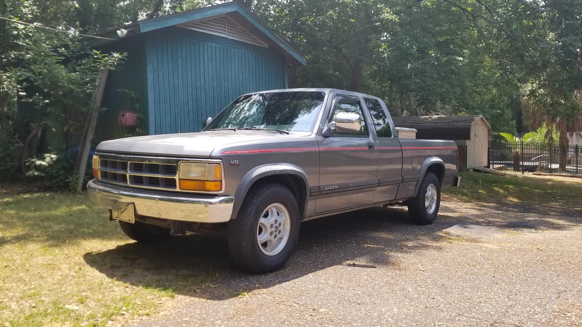 roll call! post up pics!!! page 80 dodgeforum com 2001 Dodge Dakota 1994 dodge dakota club cab v8 slt (mobile, alabama)