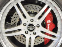 six pot Calipers and 15 inch rotors on UBB mustang