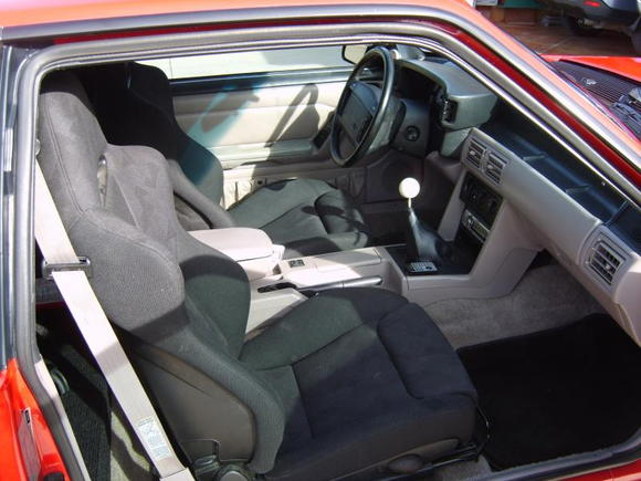 Le Coupe Interior; Recaro Cobra R Seat, Hurst Shifter, Rear Seat delete, White Face Guages, Custom Pedals, Harness Bar, Battery located in rear passenger areas. Installed new windshield.