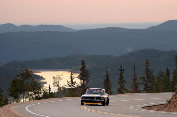 01 pikes peak 2012 mustangs