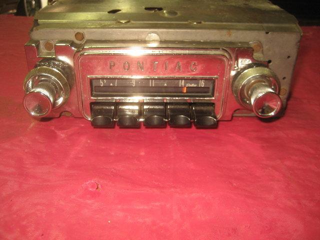 1964 Pontiac GTO Radio