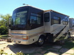 2003 Fleetwood Discovery 39J  for sale $5,000