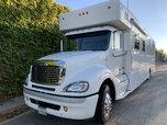 2006 Freightliner Showhauler garage unit  for sale $140,000