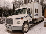 1995 Freightliner FL70 Toterhome  for sale $15,990