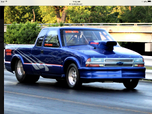 Beautiful 2004 S-10 Extended Cab (Rolling Chassis)
