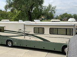 2000 Country Coach Allure for Sale $45,000