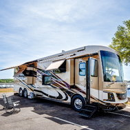 2017 Newmar King Aire 45' Diesel Bus 4553