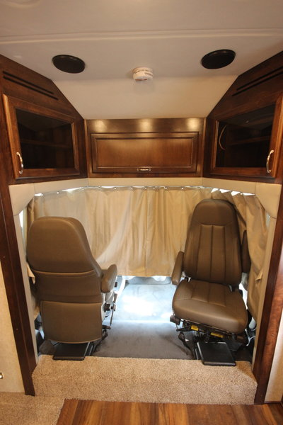 2020 RENEGADE RV VERONA 34VQB Class C Motorhome