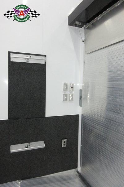 2019 inTech 30' Stacker