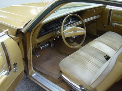 1973 CHRYSLER NEWPORT  for Sale $6,950