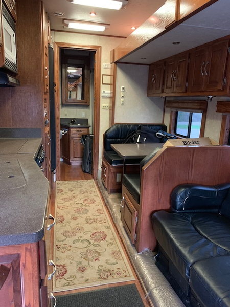 2006 Showhauler Garage Unit  for Sale $116,900