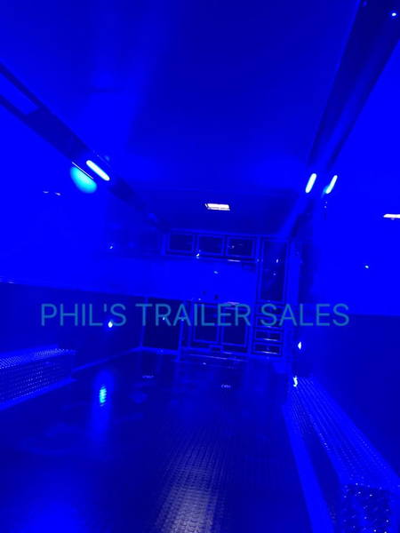 32' LOADED ELECTRIC AWNING WHEEL WELL CABINET STEREO LED WIN  for Sale $24,999