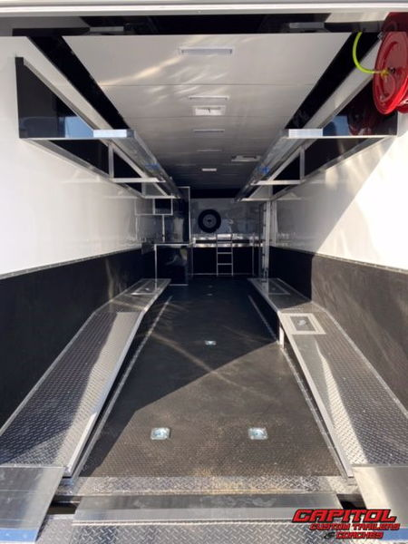 2021 UNITED SUPER HAULER 40' DIRT LATE MODEL HAULER