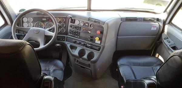 2006 42' Optima Motorhome Garage Kept Excellent Condition