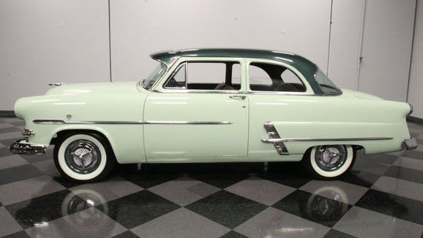 1953 Ford Customline  for Sale $25,995