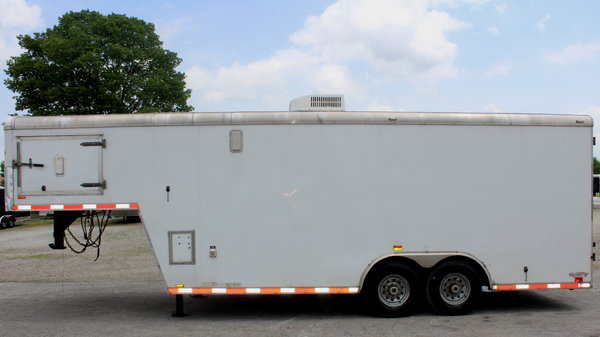 REDUCED CALL Pre-Owned 2011 26' GN Workshop Trailer