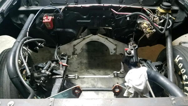 Mitsubishi mighty max trade for large cage drags