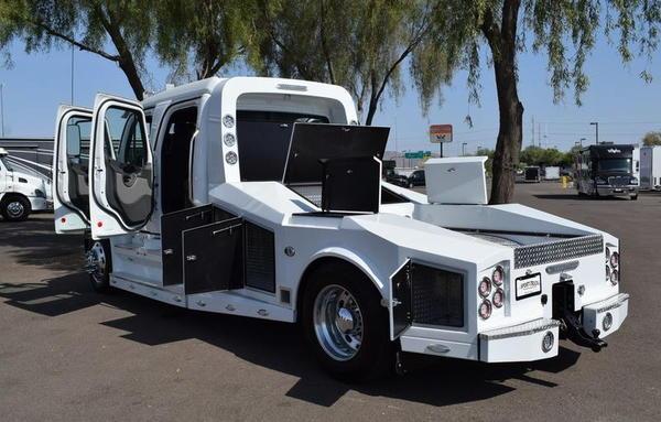 2018 SportTruck Scottsdale Edition