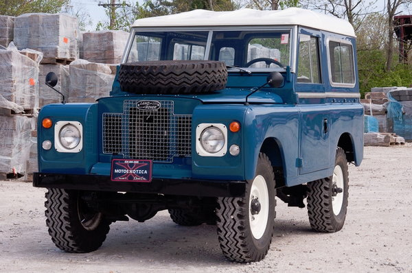 1973 Land Rover Series III  for Sale $3,690,000