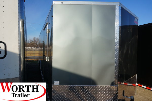 8.5' X 28' ENCLOSED TRAILER   for Sale $9,300