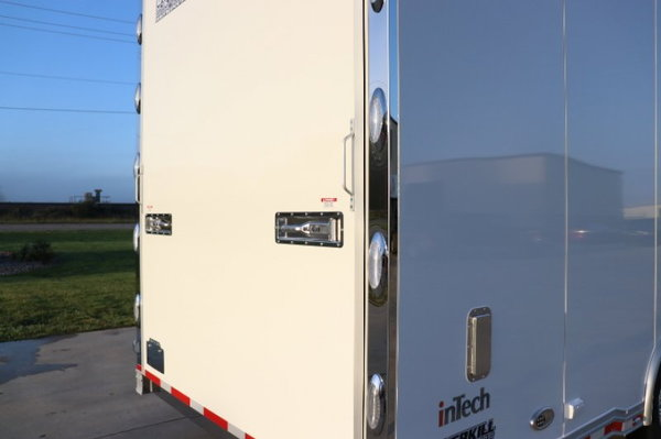 2019 inTech 44' All Aluminum Gooseneck Sprint Car  for Sale $94,999