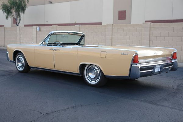 1964 Lincoln  Continental  for Sale $47,950