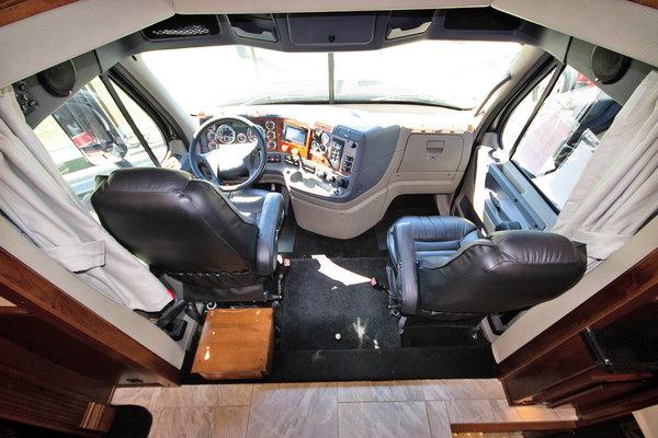 2015 Renegade RV XL4534BB Class C Motorhome