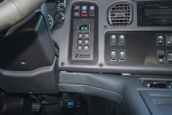 2015 Freightliner® Sportchassis RHA-350 Truck