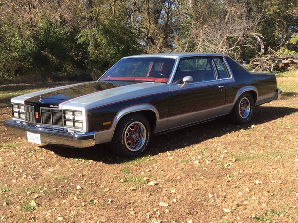 1977 Oldsmobile Delta 88  for Sale $12,500