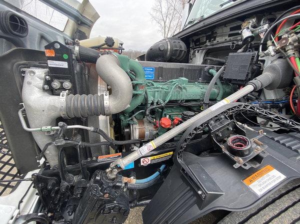 2015 HAULMARK 4 SLIDE  for Sale $279,900