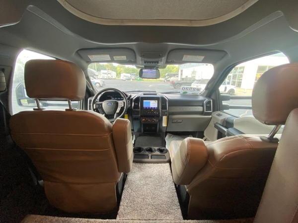 2022 Thor Motor Coach Magnitude RS36 4x4!