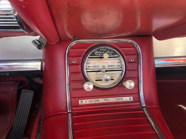 1960 Ford Thunderbird  for Sale $19,500