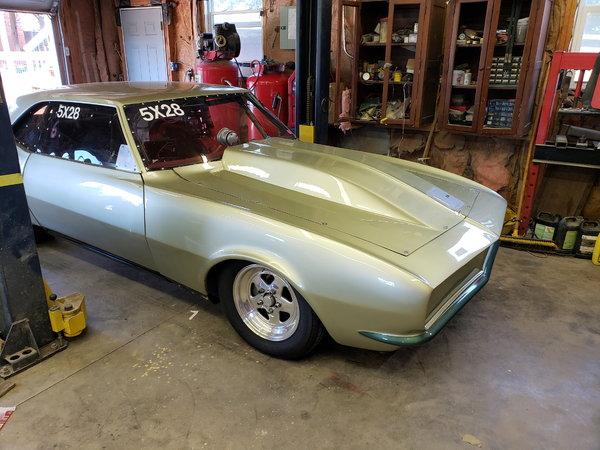 Very nice built 68 camaro