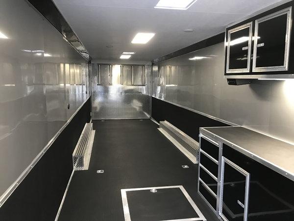 2019 44' Gooseneck Vintage Pro Stock w/ Bathroom