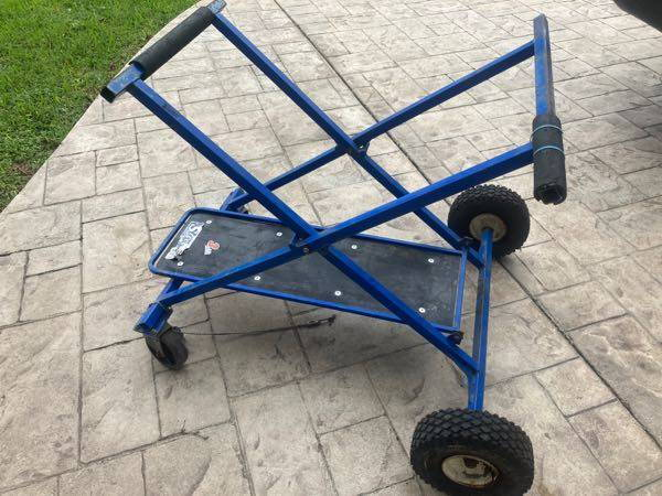 Streeter Kart Stand  for Sale $50