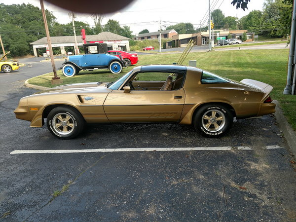 Sell or trade 1981 Camaro Z 28