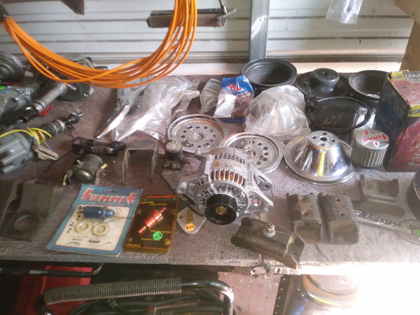 Intake and holly carb for big blockand lots of other parts  for Sale $400