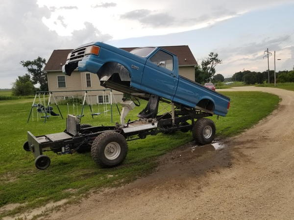 SS 4x4 Ford Rolling Chassis  for Sale $12,500