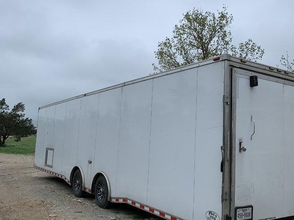 2014 34 ' enclosed trailer