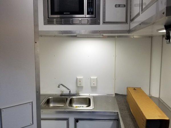 2015 Cargo Mate 32ft living quarters  for Sale $22,500